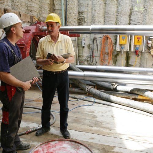 Die Qualifikation der Mitarbeiter und die Ausstattung eines Unternehmens tragen maßgeblich zum Erfolg einer Baumaßnahme bei. Foto: Güteschutz Kanalbau