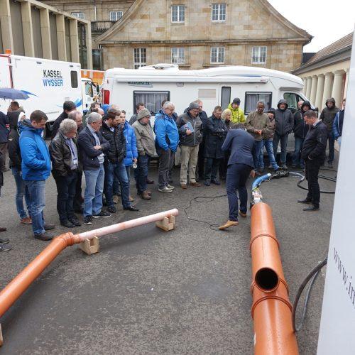 Auch beim Deutschen Reparaturtag waren die Außenvorführungen ein regelrechter Publikumsmagnet. Foto: TAH