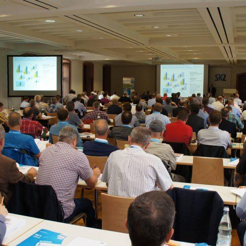 180 Teilnehmer aus dem In- und Ausland machten die 15. Würzburger Kunststoffrohr-Tagung zur rekordverdächtig gut besuchten Veranstaltung.  Foto: SKZ