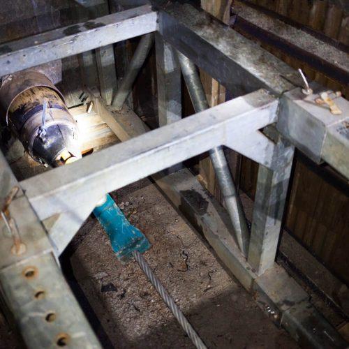 Der Einzug des PE-Rohrs erfolgte in zwei Abschnitten und mit einer Zugkraft von bis zu 45 t. Foto: DIRINGER&SCHEIDEL ROHRSANIERUNG
