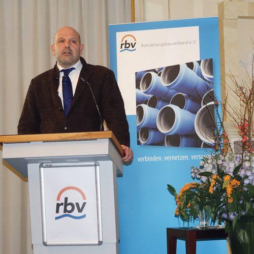 Joachim Lenoir wies auf Haftungsrisiken für Netzdienstleister hin. Foto: rbv