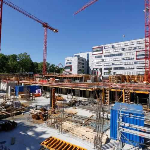 Im dritten und vierten Bauabschnitt wird das Essener Europa-Center um ein siebengeschossiges Büro- und Verwaltungsgebäude, einen achtgeschossigen Hotelneubau und eine zweigeschossige Tiefgarage erweitert.  Foto: ULMA