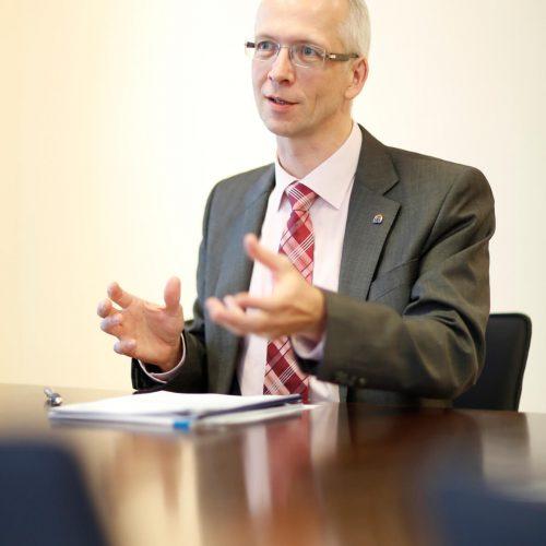 Dipl.-Ing., Dipl.-Wirtsch.-Ing. Dieter Hesselmann ist Hauptgeschäftsführer des Rohrleitungsbauverbandes e. V. Hesselmann kam 2002 zum rbv nach Köln und ist seit 2008 Mitglied der Geschäftsführung.  Foto: Rohrleitungsbauverband
