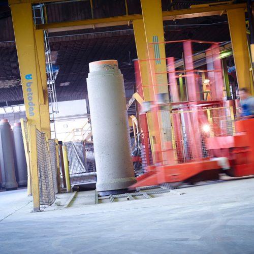 FABEKUN Kanalrohre mit Nennweiten bis zu DN 1200 können am Unternehmenssitz im Westerwald gefertigt werden. Foto: Gebr. Fasel Betonwerke GmbH