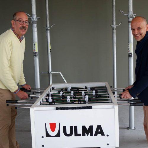 Harald Litze (l.) und Thomas Fiebig spielen sich bei ULMA die Bälle zu – kollegial und auf höchstem technischen Niveau.  Foto: ULMA