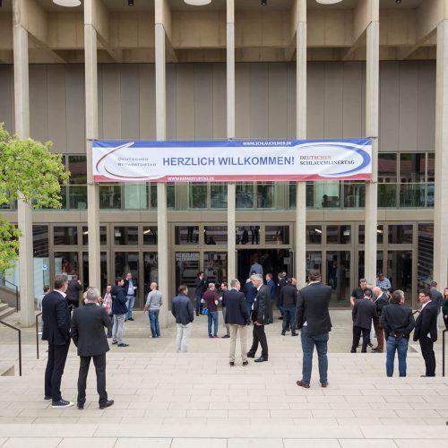 Das Kasseler Kongress Palais bot eine ansprechende Kulisse für den 16. Deutschen Schlauchlinertag und den 7. Deutschen Reparaturtag. Foto: TAH