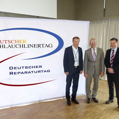 Mit dem dritten Doppelpack in Folge sehr zufrieden zeigten sich Igor Borovsky, Franz Hoppe und Michael Hippe (v.r.n.l.).  Foto: TAH