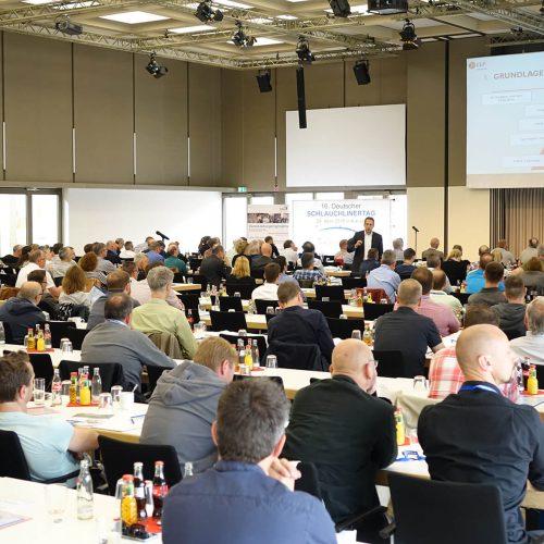 Großes Interesse bestand an den Fachvorträgen auf dem 16. Deutschen Schlauchlinertag. Foto: TAH