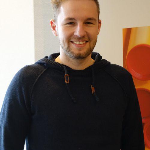 Bauleiter und Netzmeister Tim Kesselring schätzt den fachlichen Austausch und die komprimierte Information. Foto: Rohrleitungsbauverband