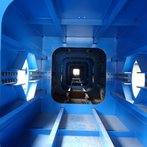 Die Stahlhohlbaukästen setzten sich aus vier Segmenten zu einer Länge von 45 Metern zusammen. Foto: thyssenkrupp Infrastructure