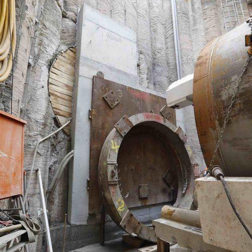 Die Ausbildung des Widerlagers für den zweiten Vortrieb musste so ausgebildet werden, dass die Rohre des bereits fertiggestellten ersten Abschnittes nicht beschädigt werden. Foto: Güteschutz Kanalbau