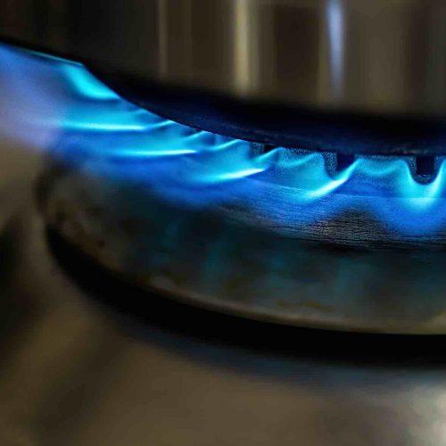 Die L-H-Gasumstellung ist eine organisatorische Herausforderung für alle beteiligten Versorger. Sämtliche L-Gasgeräte bei den Kunden müssen nun auf das hochkalorische H-Gas umgestellt werden. Foto: pixabay