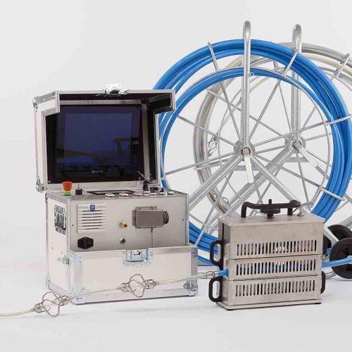 Die bogengängige KASRO UV-Lichtquellenkette IKARUS DN 100 - 200 zur UV-Aushärtung von Linern. Foto: ProKasro Mechatronik GmbH