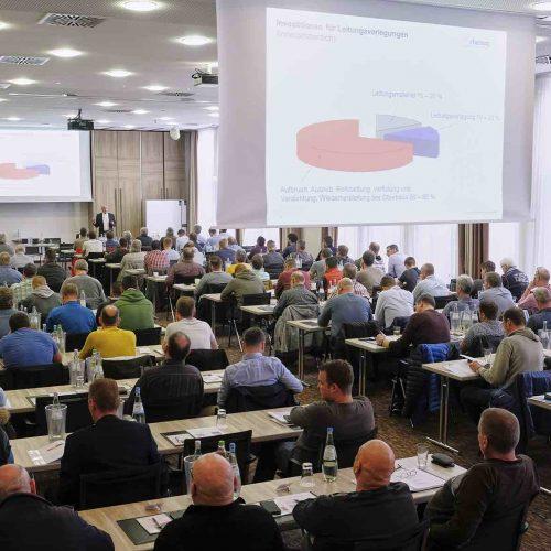 Der erste Veranstaltungstag stand im Zeichen einer Vielzahl hochkarätiger produktneutraler Vorträge aus den Bereichen Gas/Wasser und Fernwärme. Foto: rbv