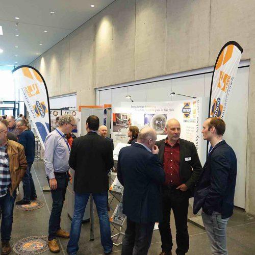 Dem Austausch zwischen Teilnehmern und Herstellern wurde an beiden Veranstaltungstagen viel Platz eingeräumt. Foto: TAH