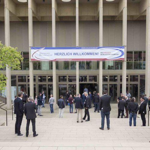 Am 24. und 25. März 2020 finden im Kolonnadenflügel des Kongress Palais in Kassel der 18. Schlauchlinertag und der 9. Reparaturtag statt. Foto: TAH
