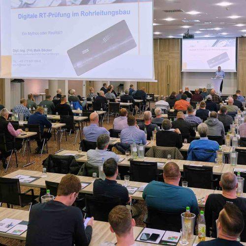 Die Kölner Netzmeistertage fanden am 10. und 11. März 2020 zum vierten Mal statt. Das gelungene Konzept einer ausgewogenen Mischung aus aktuellen Fach- und Industrievorträgen stieß auch in diesem Jahr bei den in Köln anwesenden rund 120 Netzmeistern wieder auf höchsten Zuspruch. Foto: rbv