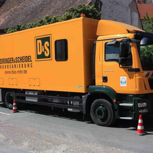Hausanschlusssanierung im fränkischen Schnaid, Gemeinde Hallerndorf: Die mobile Tränkfabrik sorgt für ein hervorragendes Sanierungsergebnis. Foto: DIRINGER & SCHEIDEL ROHRSANIERUNG