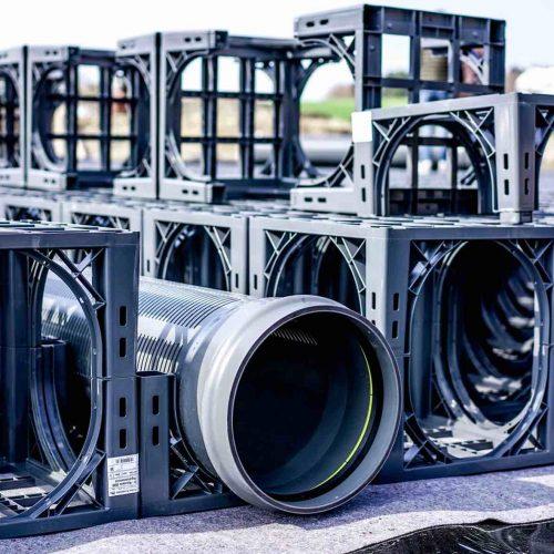 Die D-Raintank 3000®-Elemente des Systems können je nach Bedarf mit Spülrohren DN/OD 200 bis 400 ausgestattet werden Foto: Funke Kunststoffe