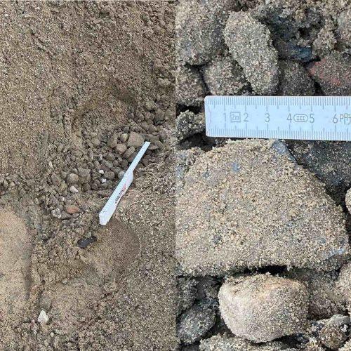 Material aus dem Schaufelseparator in der Leitungszone (l.); Überkorn in der Leitungszone (r.). Fotos: Güteschutz Kanalbau