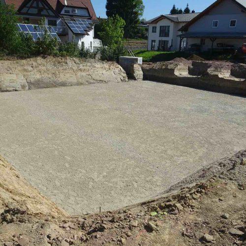 Mit der Herstellung des Planums wird die Baugrube für den Einbau der D-Raintank 3000®-Elemente vorbereitet.  Foto: Funke Kunststoffe