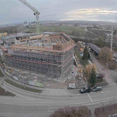 Im Industriegebiet Tränke in Stuttgart-Degerloch entsteht derzeit die neue Zentrale der Gustav Epple Bauunternehmung GmbH. Im Rahmen der Erstellung des Rohbaus kam ein Mix aus maßgenau hergestellten Sonderschalungselementen und bewährten Systemschalungen der ULMA Construction GmbH zum Einsatz. Foto: ULMA Construction