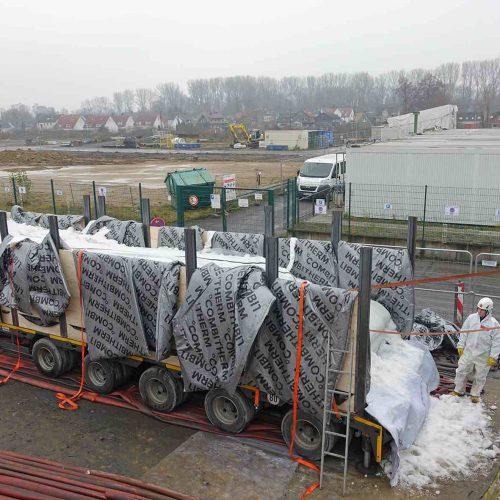 Die Schlauchliner wurden im Werk des Herstellers mit Polyesterharz getränkt und gekühlt zur Einbaustelle geliefert. Foto: D&S Rohrsanierung