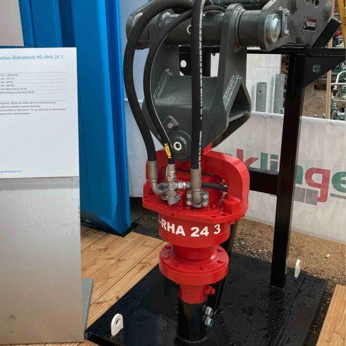 Baggeranbaugeräte mit Schnellwechselsystemen standen ebenso im Fokus ... Foto: thyssenkrupp Infrastructure